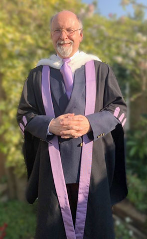 Academic dress - Fellowship